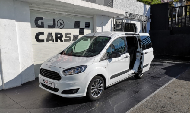 ---FORD-TOURNEO-COURIER-1.5TDCI