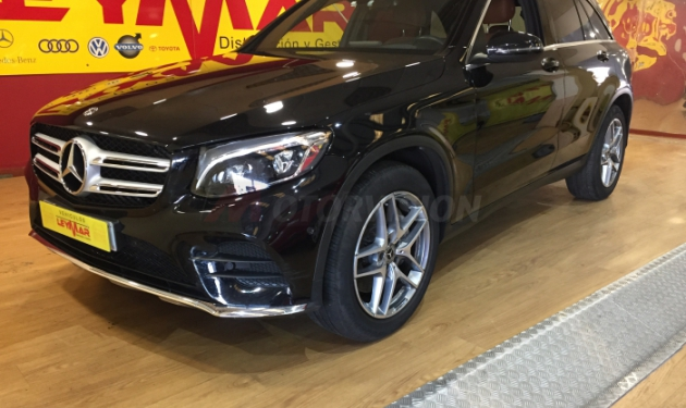 MERCEDES-BENZ-GLC--