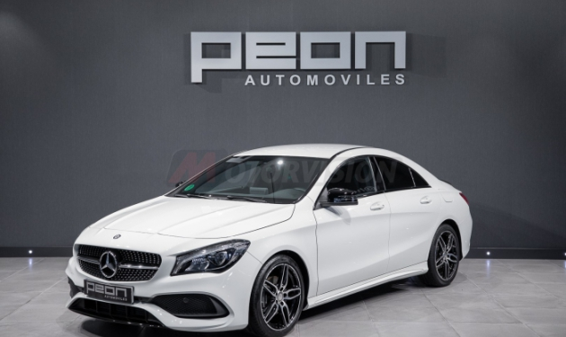 MERCEDES-BENZ-CLA--200d-Coupé-AMG