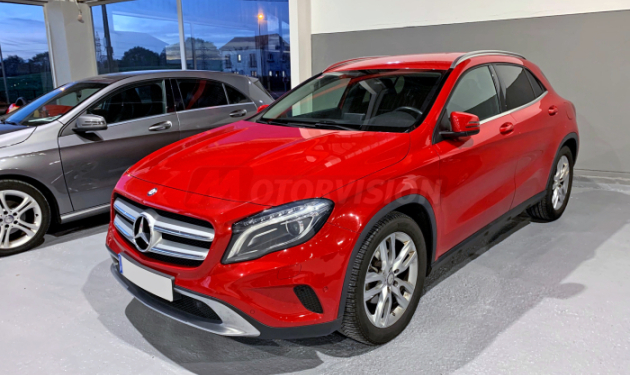 MERCEDES-BENZ-GLA--200d